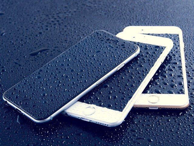 como limpiar y desinfectar tu telefono movil